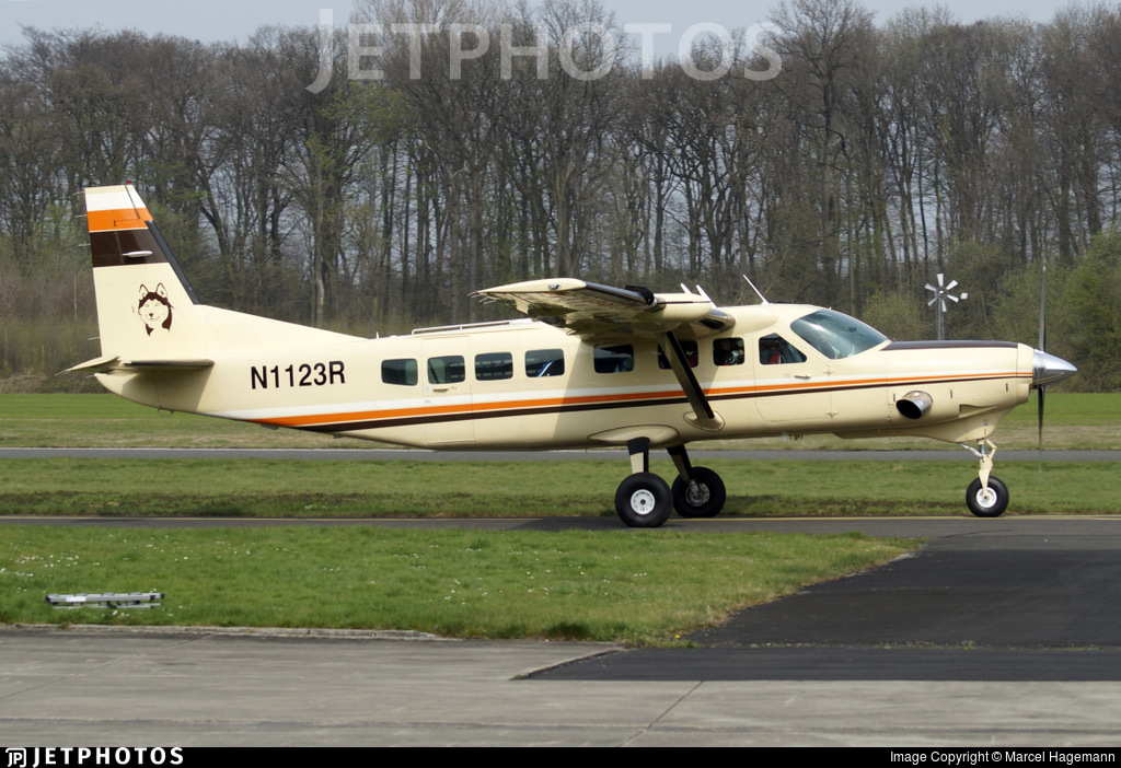 N1123R - Cessna 208B Grand Caravan - Private