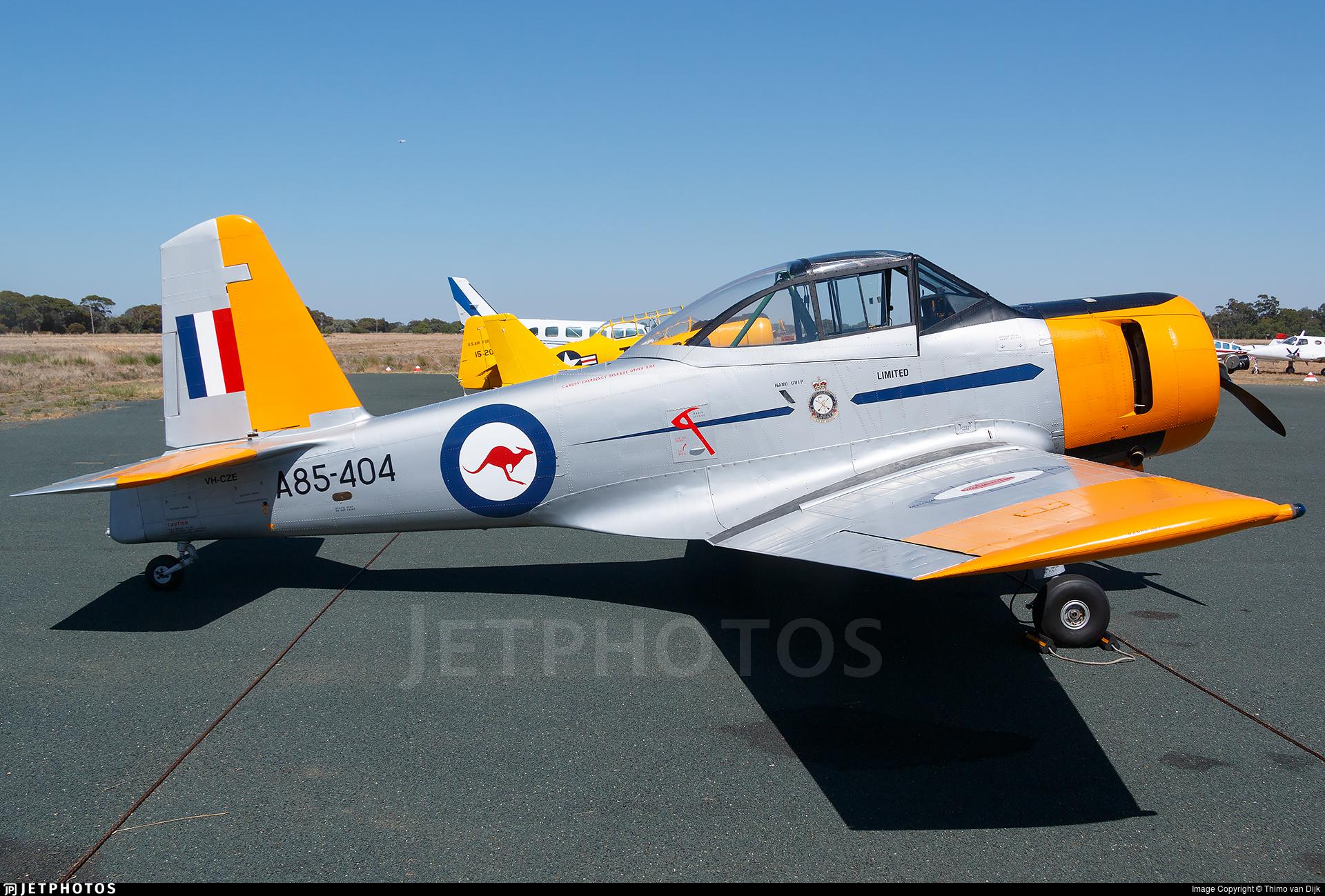 VH-CZE - CAC CA-25 Winjeel - Private