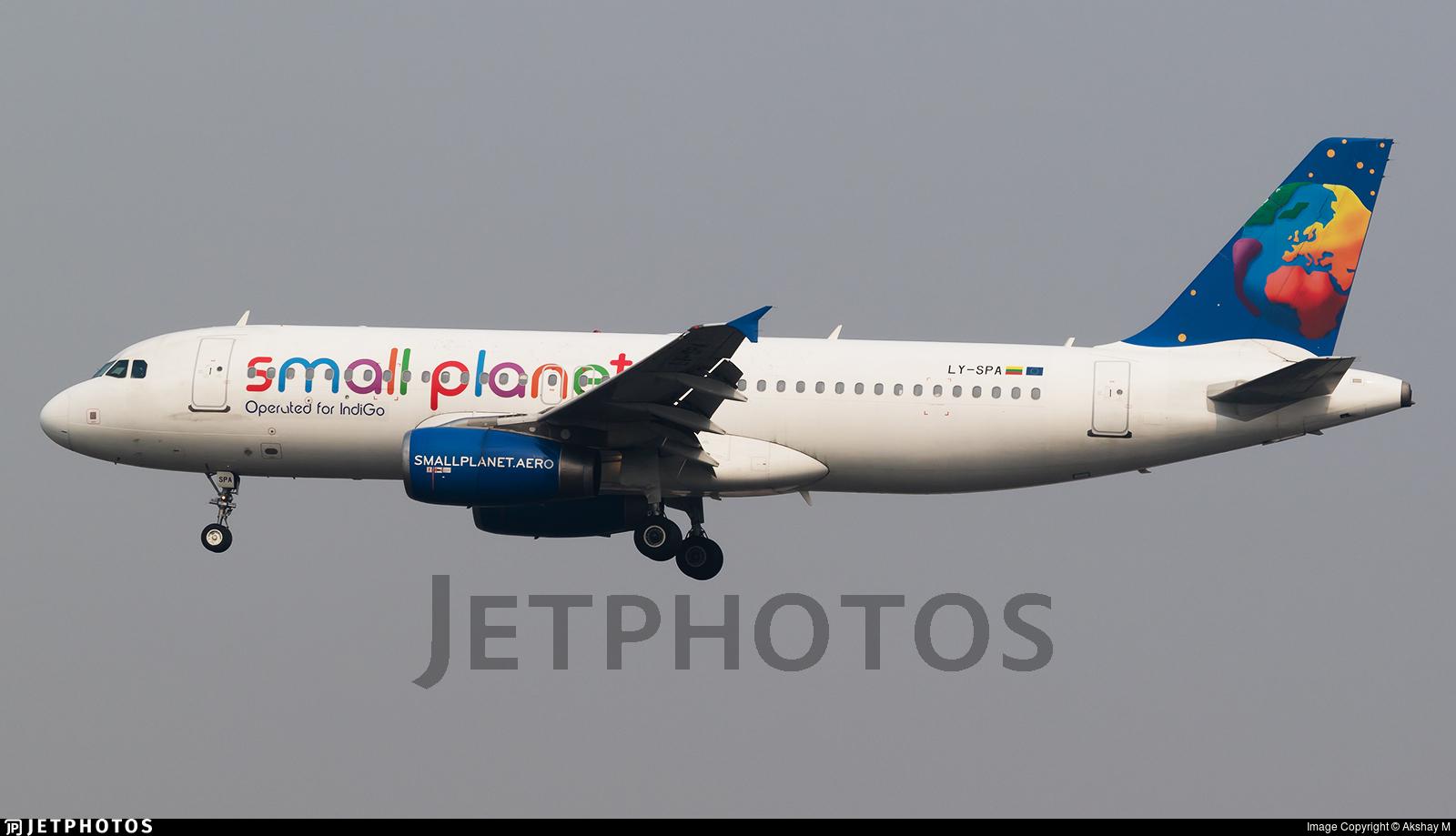 Beautiful Lufthansa Retro Colors Airbus A321 Takeoff Split Airport Ldsp Spu