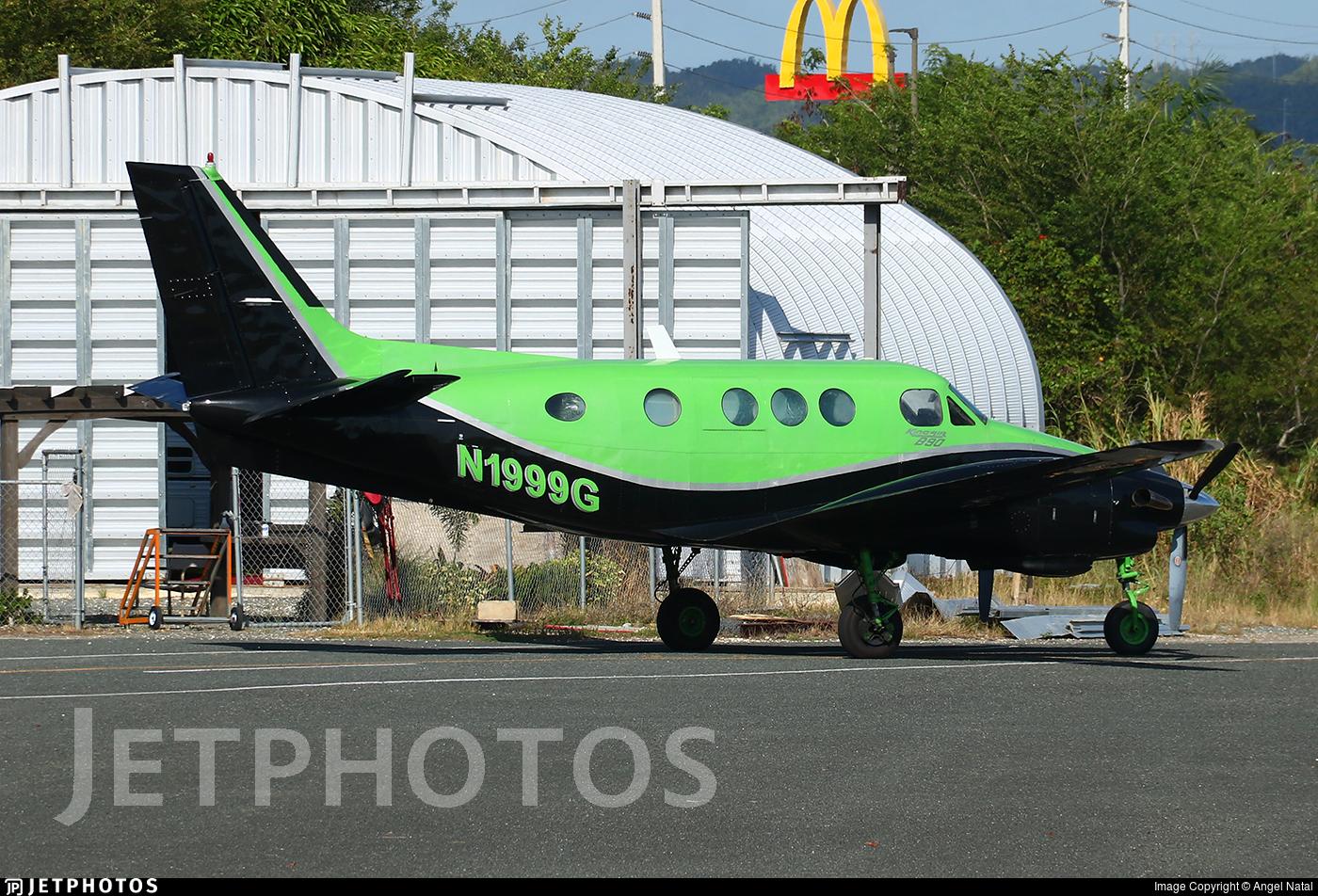 N1999G - Beechcraft 90 King Air - Private