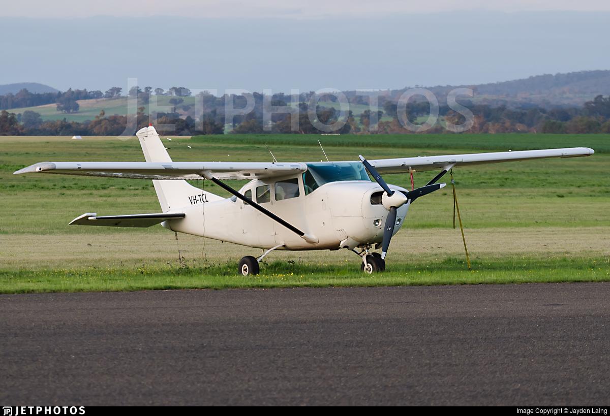 VH-TCL - Cessna U206F Stationair - Private