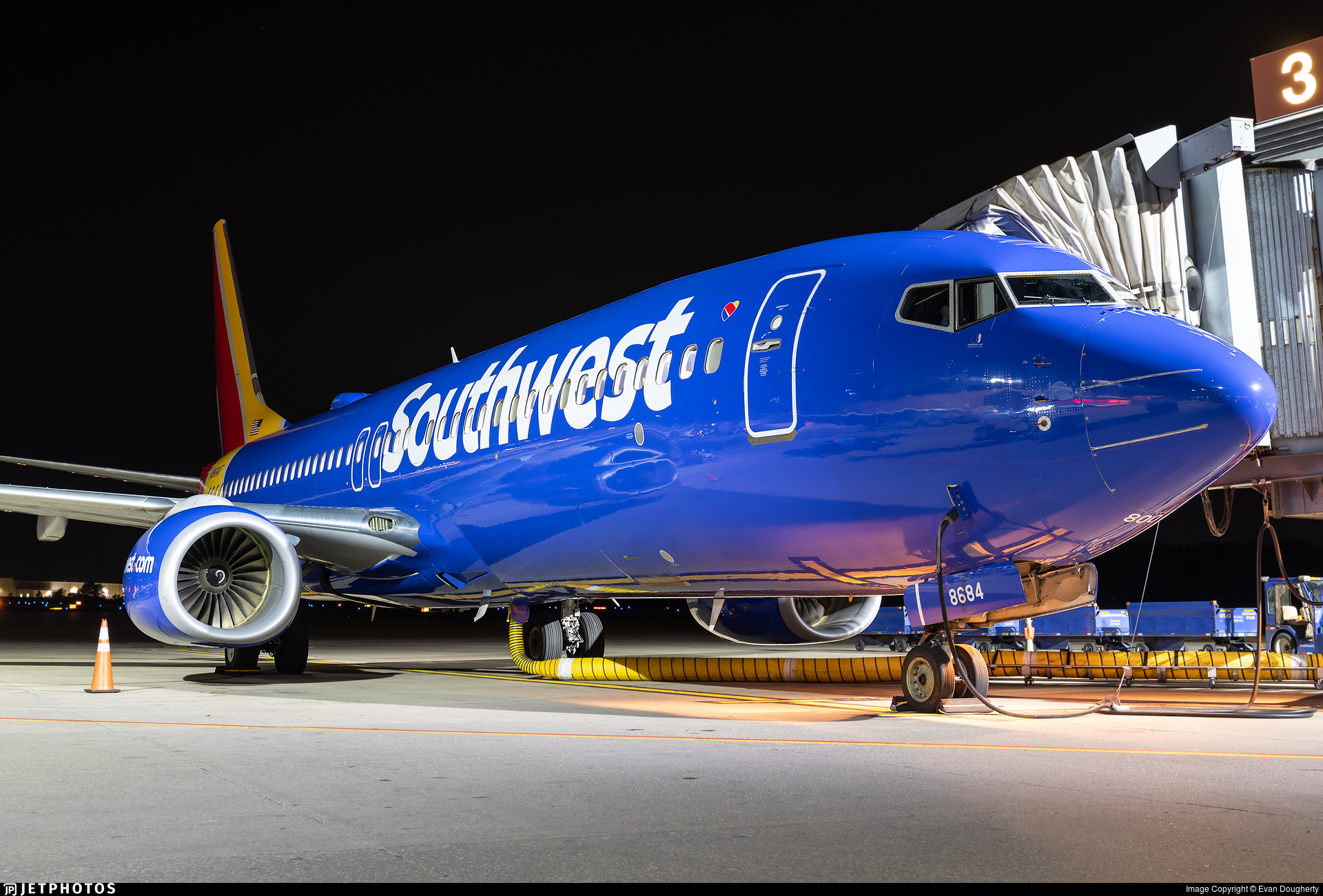 N8684F - Boeing 737-8H4 - Southwest Airlines