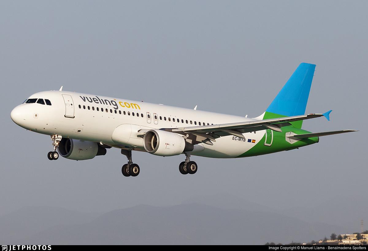 EC-MYB - Airbus A320-214 - Vueling