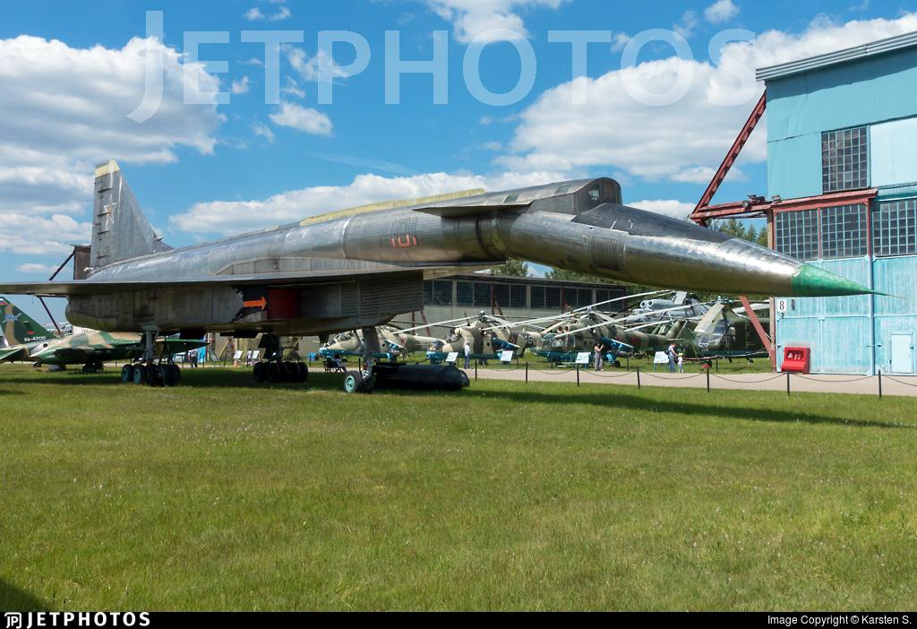 101 - Sukhoi T-4 Sotka - Soviet Union - Air Force
