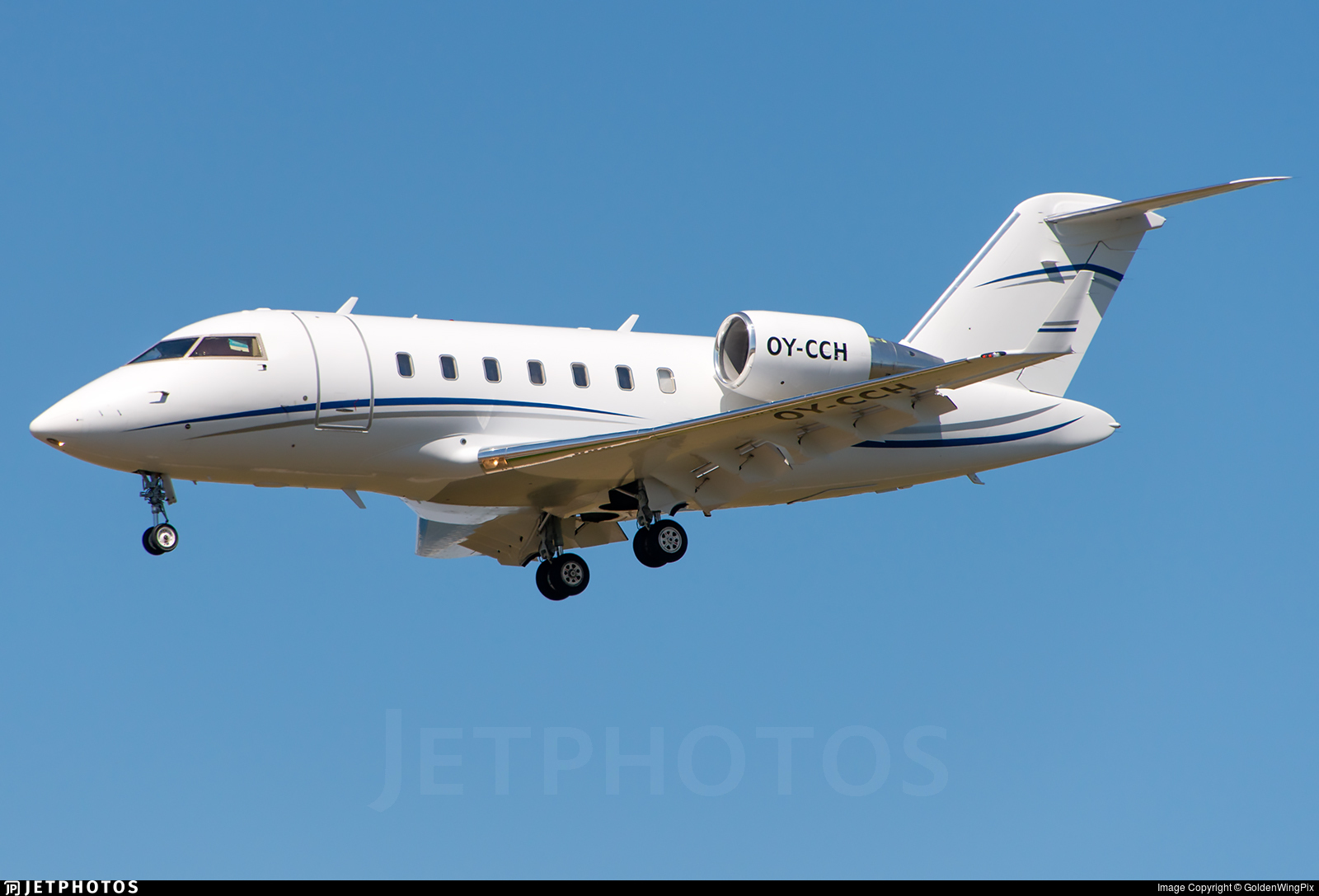 OY-CCH - Bombardier CL-600-2B16 Challenger 605 - Private