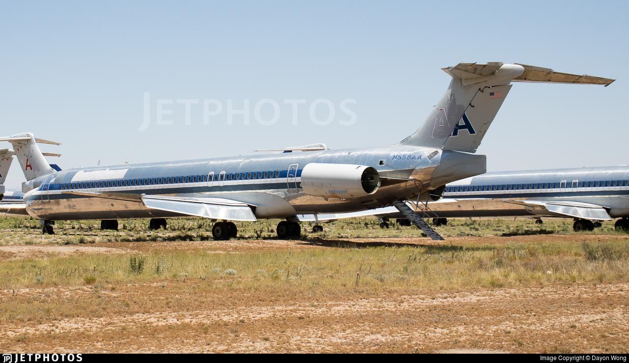 N558AA - McDonnell Douglas MD-82 - Untitled