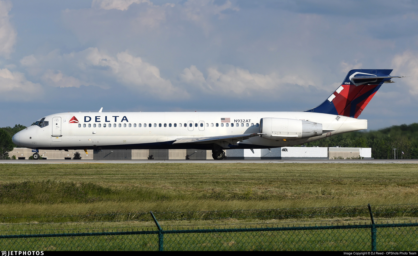 N932AT - Boeing 717-231 - Delta Air Lines