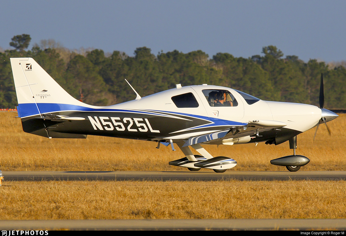 N5525L - Cessna T240 Corvalis TTX - Private