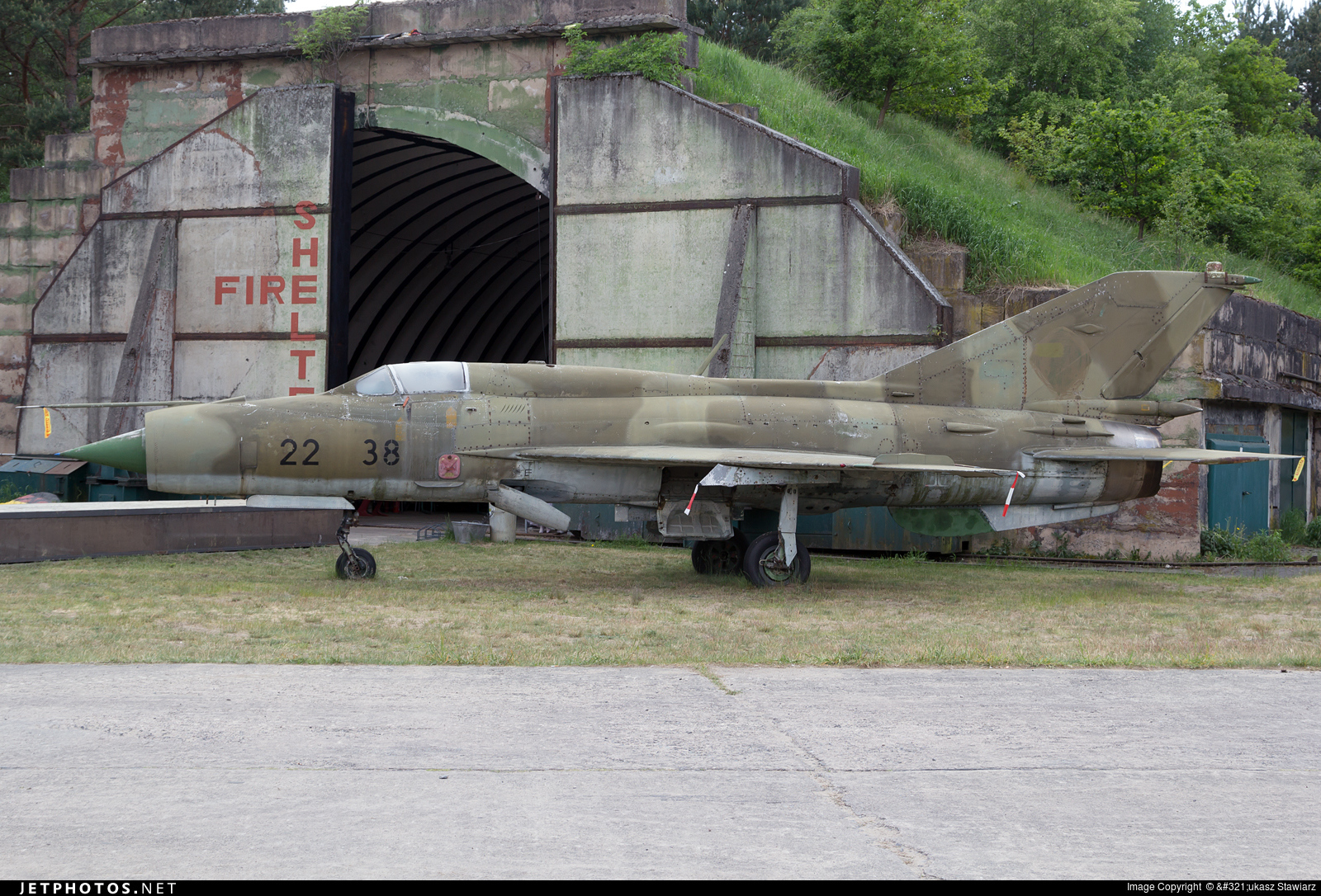 22-38 - Mikoyan-Gurevich MiG-21SPS Fishbed F - German Democratic Republic - Air Force