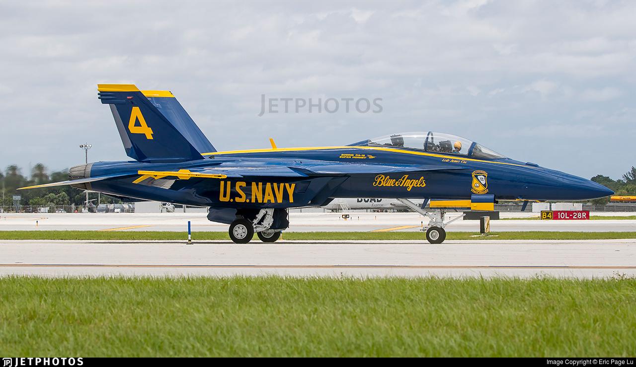 165673 - Boeing F/A-18F Super Hornet - United States - US Navy (USN)