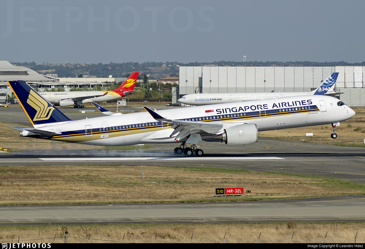 F-WZFZ - Airbus A350-941 - Singapore Airlines
