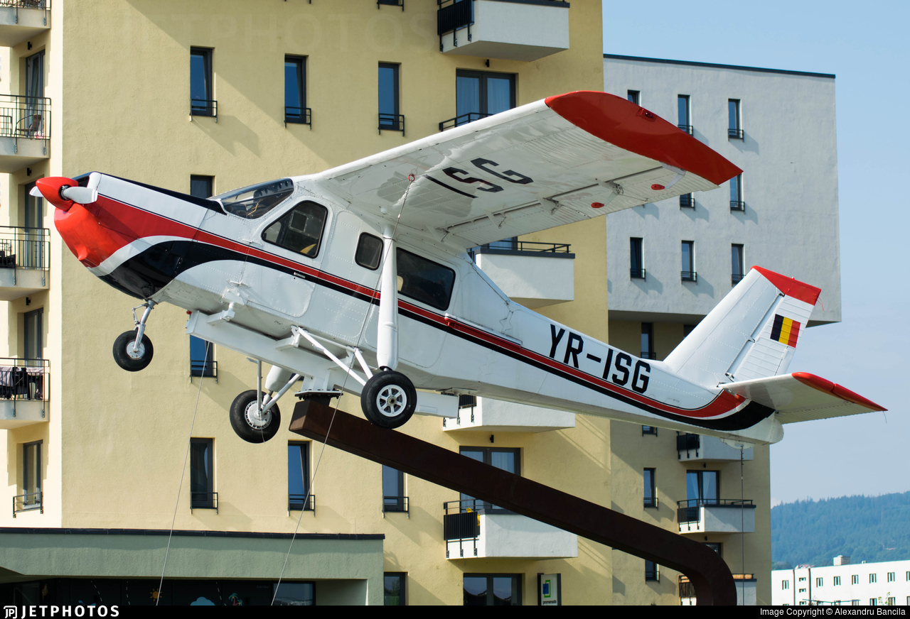 YR-ISG - IAR-824 - Romanian Airclub