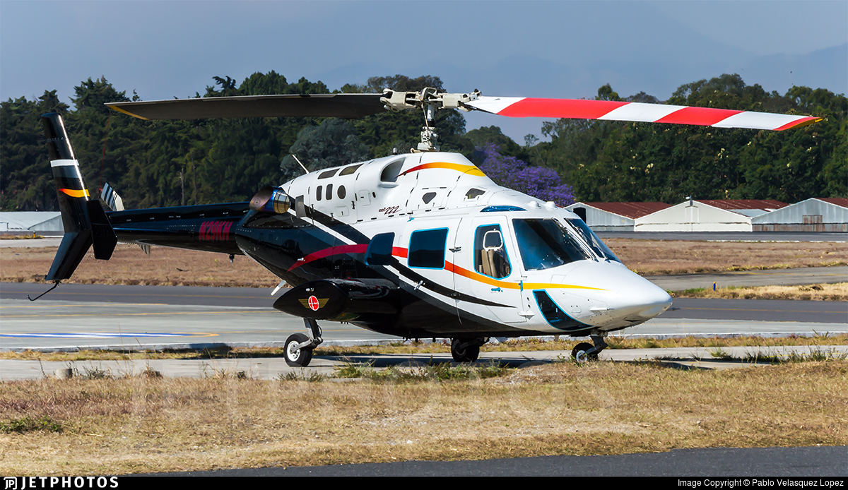 N29KH - Bell 222 - Private