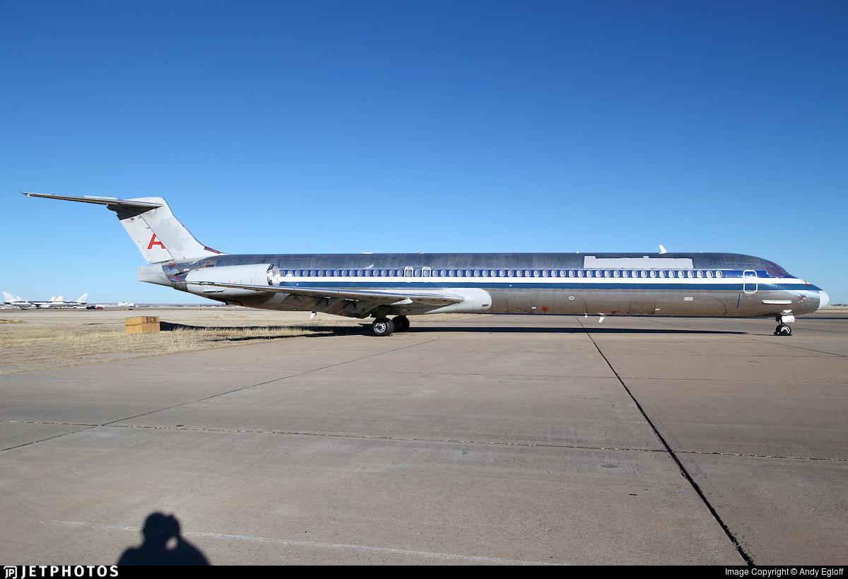 N570AA - McDonnell Douglas MD-83 - Untitled