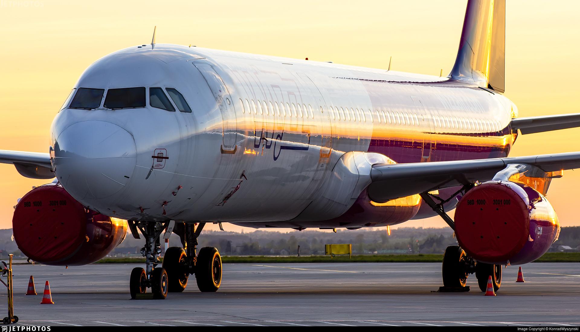 HA-LXZ - Airbus A321-231 - Wizz Air