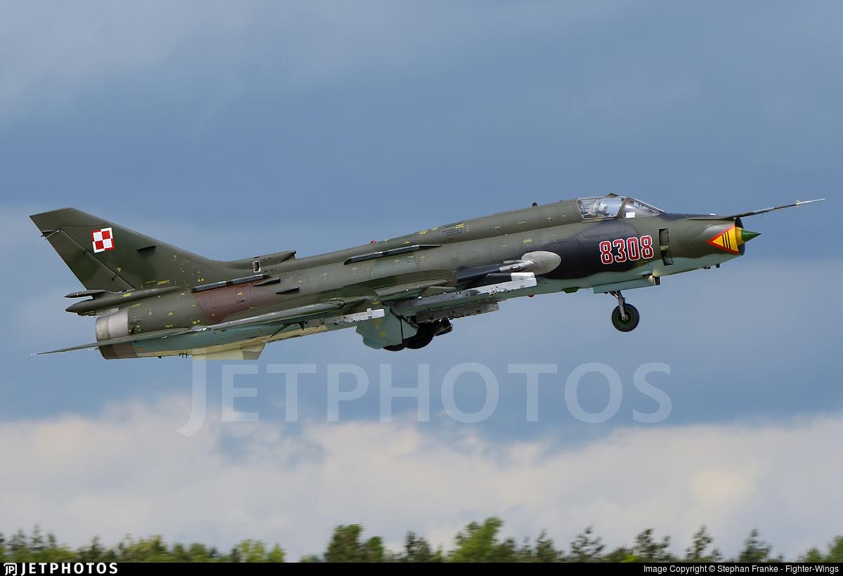 8308 - Sukhoi Su-22M4 Fitter K - Poland - Air Force