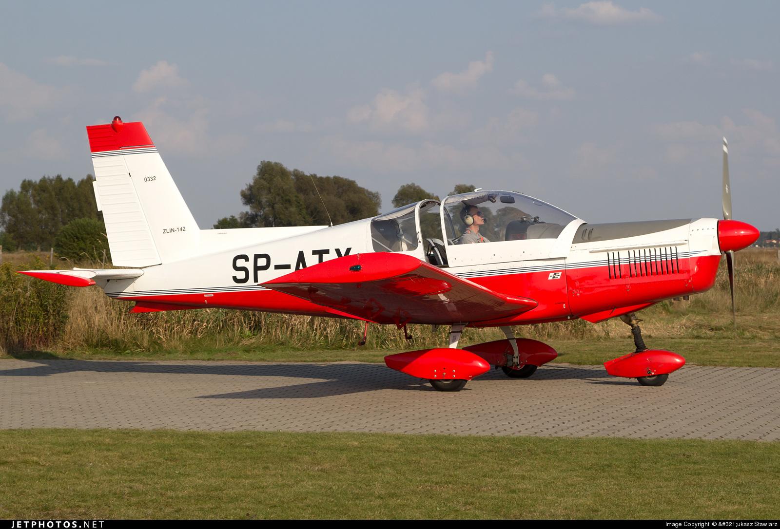 SP-ATX - Zlin 142 - Aero Club - Ziemi Mazowieckiej