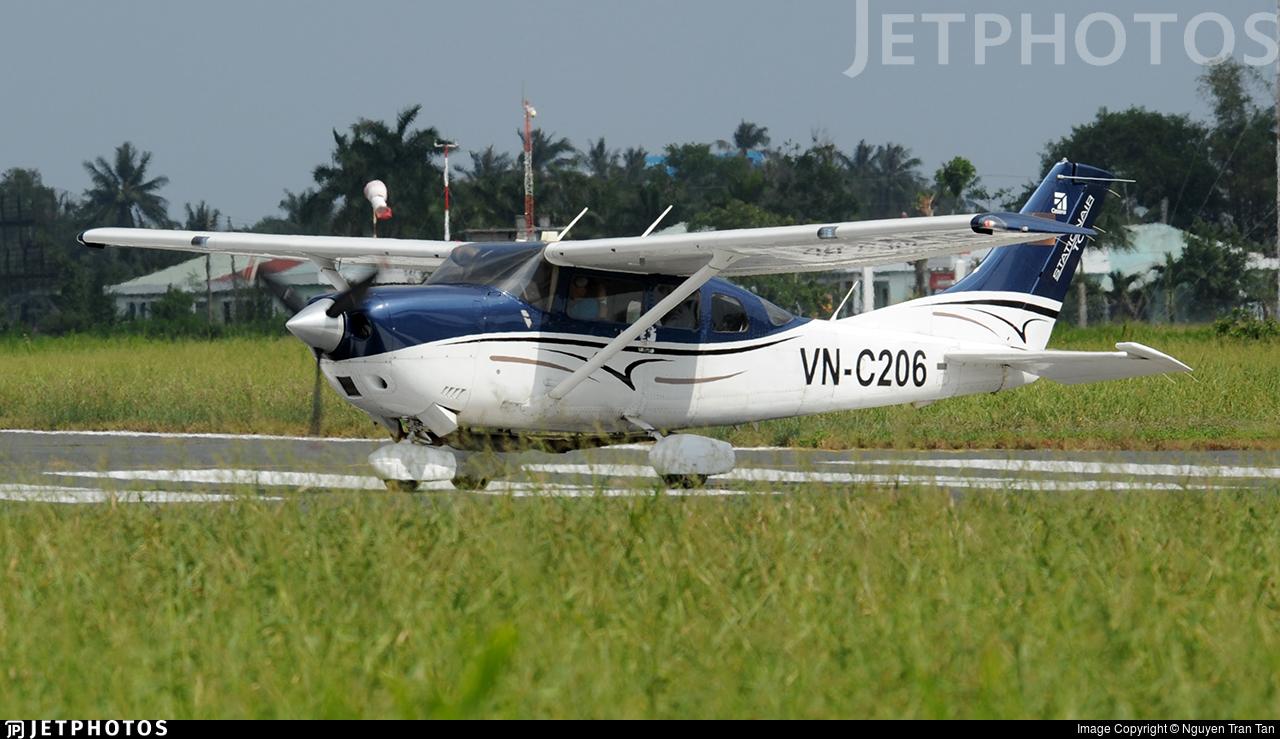 VN-C206 - Cessna 206H Stationair - Vietnam - Air Force