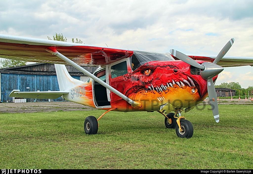 SP-WOW - Cessna P206 Super Skylane - Private