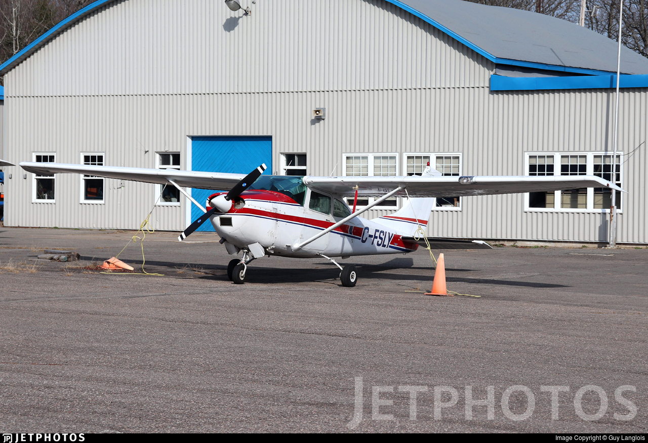 C-FSLY - Cessna 182H Skylane - Private