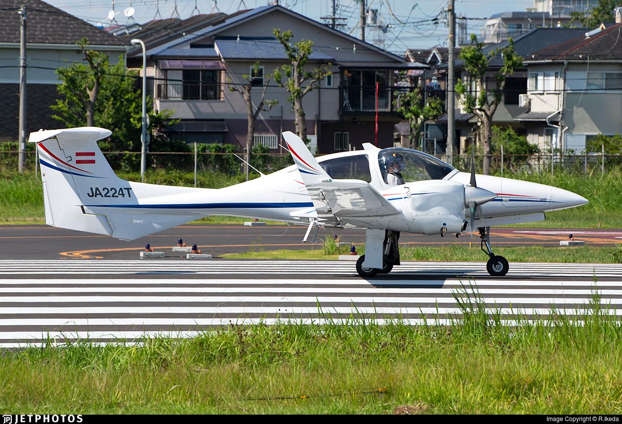 JA224T - Diamond DA-42 NG Twin Star - Private