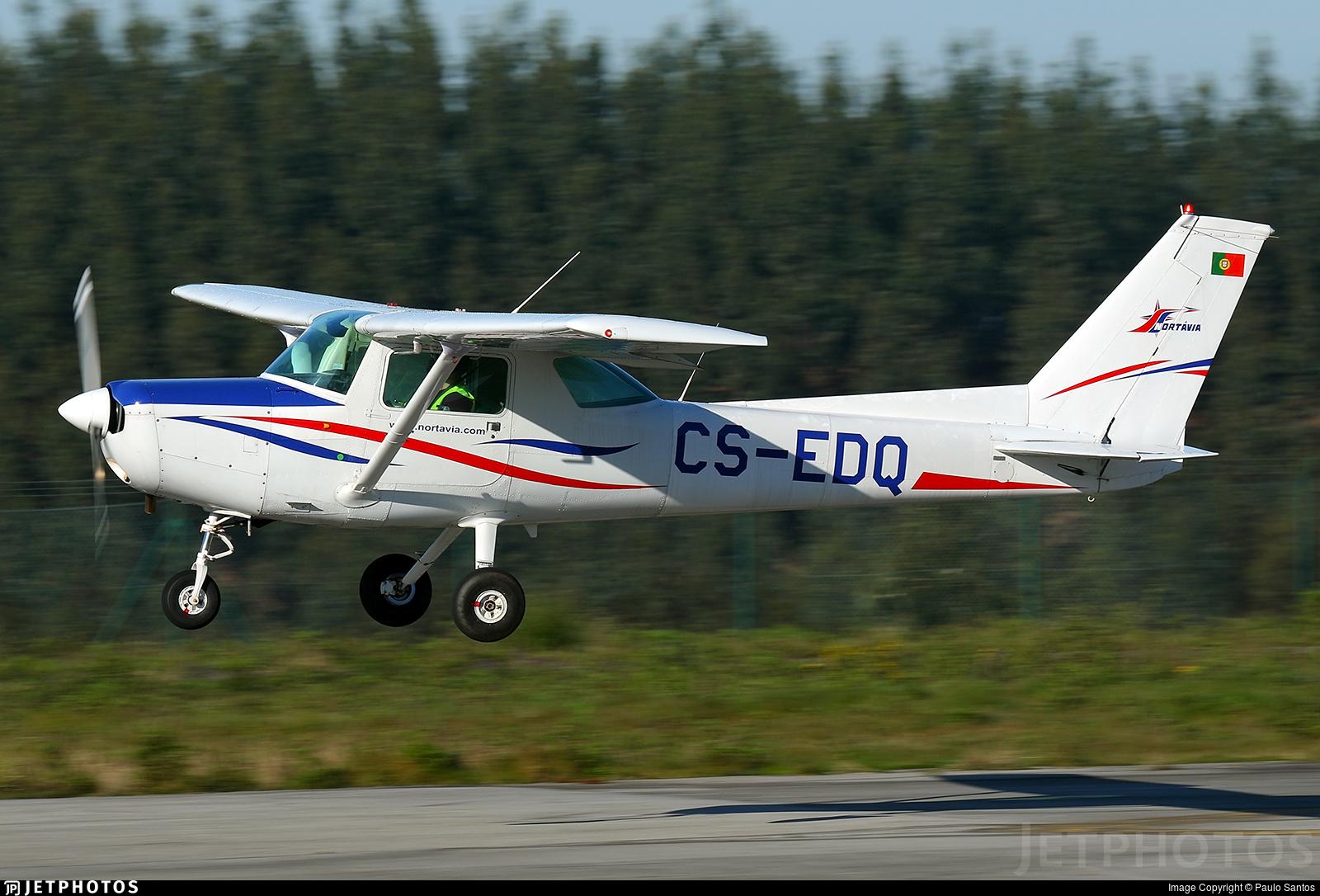 CS-EDQ - Cessna 152 - Nortávia