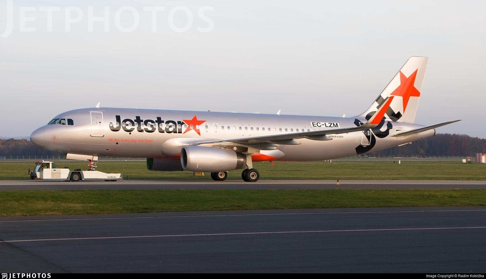 EC-LZM - Airbus A320-232 - Jetstar Airways