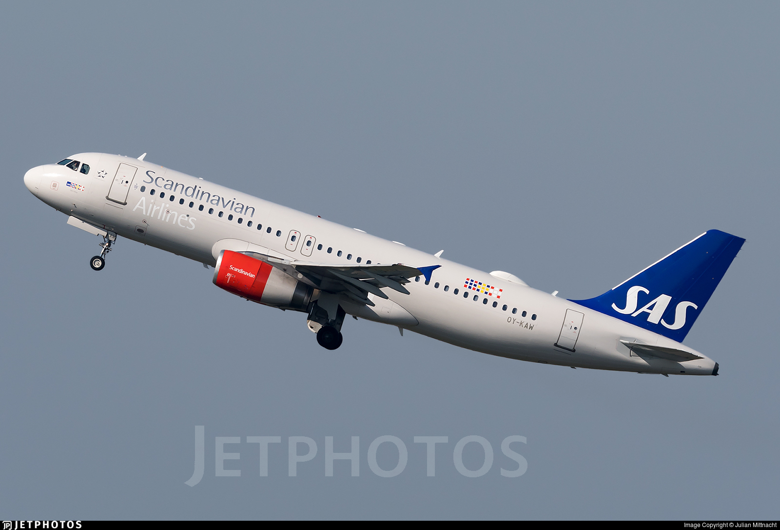 OY-KAW - Airbus A320-232 - Scandinavian Airlines (SAS)