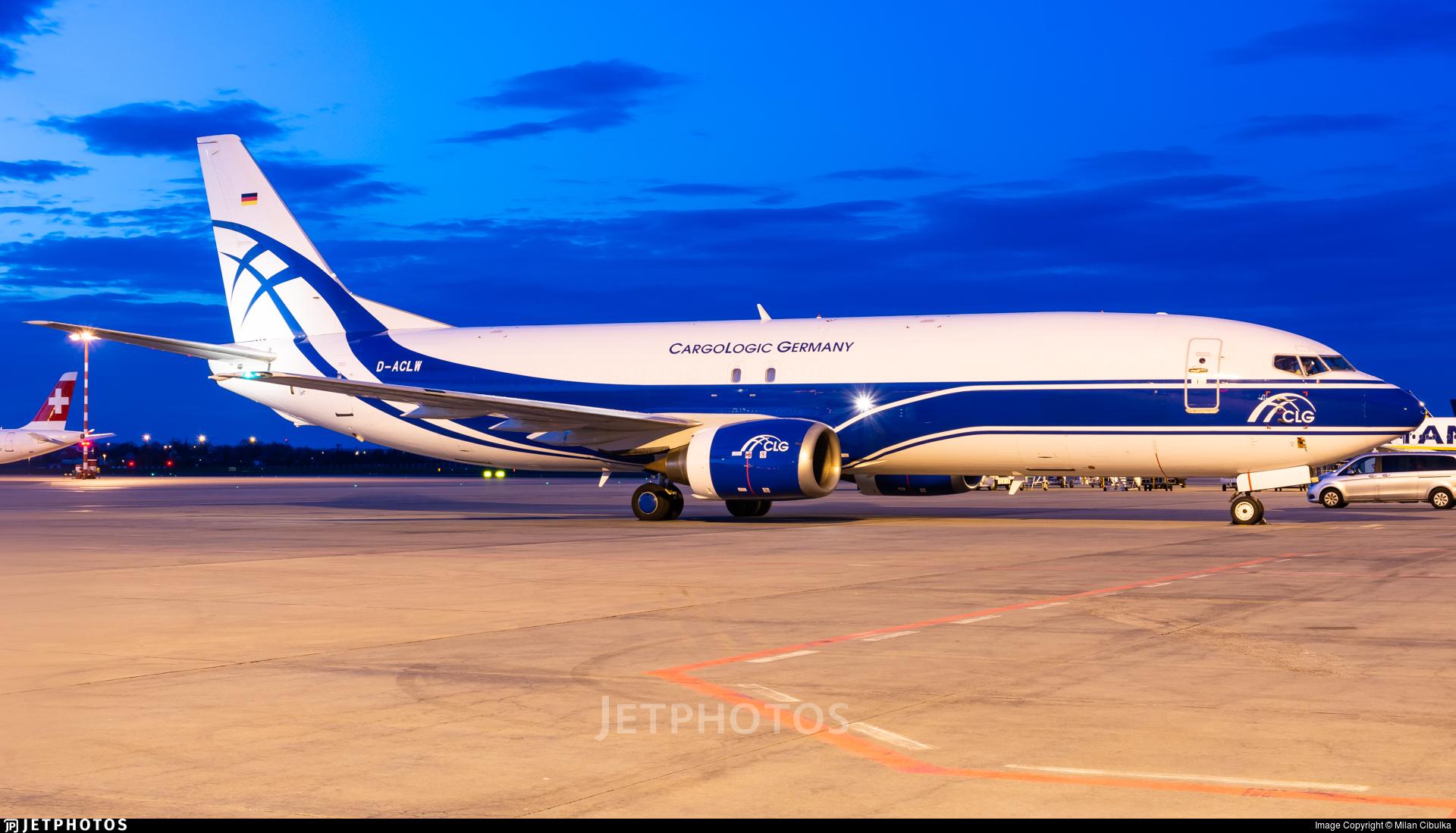 D-ACLW - Boeing 737-48E(SF) - CargoLogic Germany