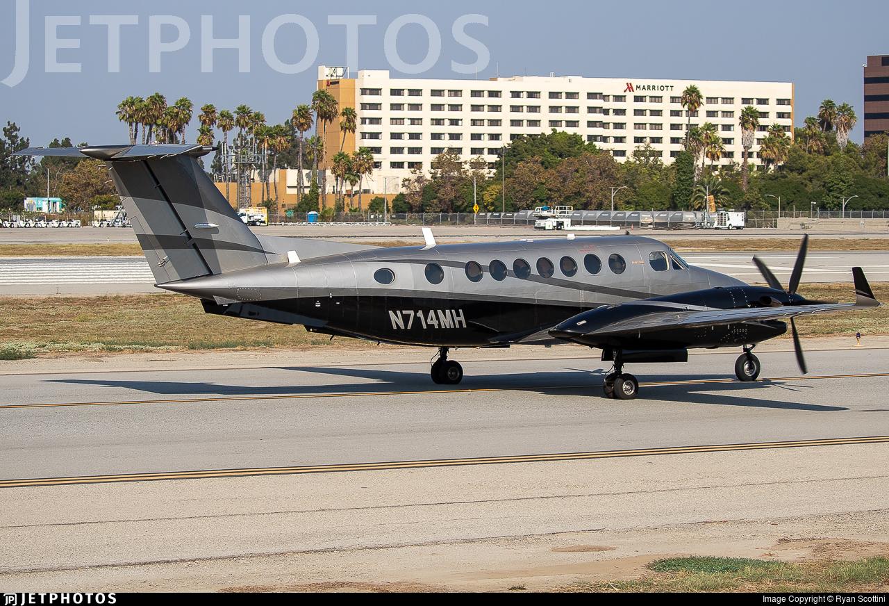 N714MH - Beechcraft 300 Super King Air - Private