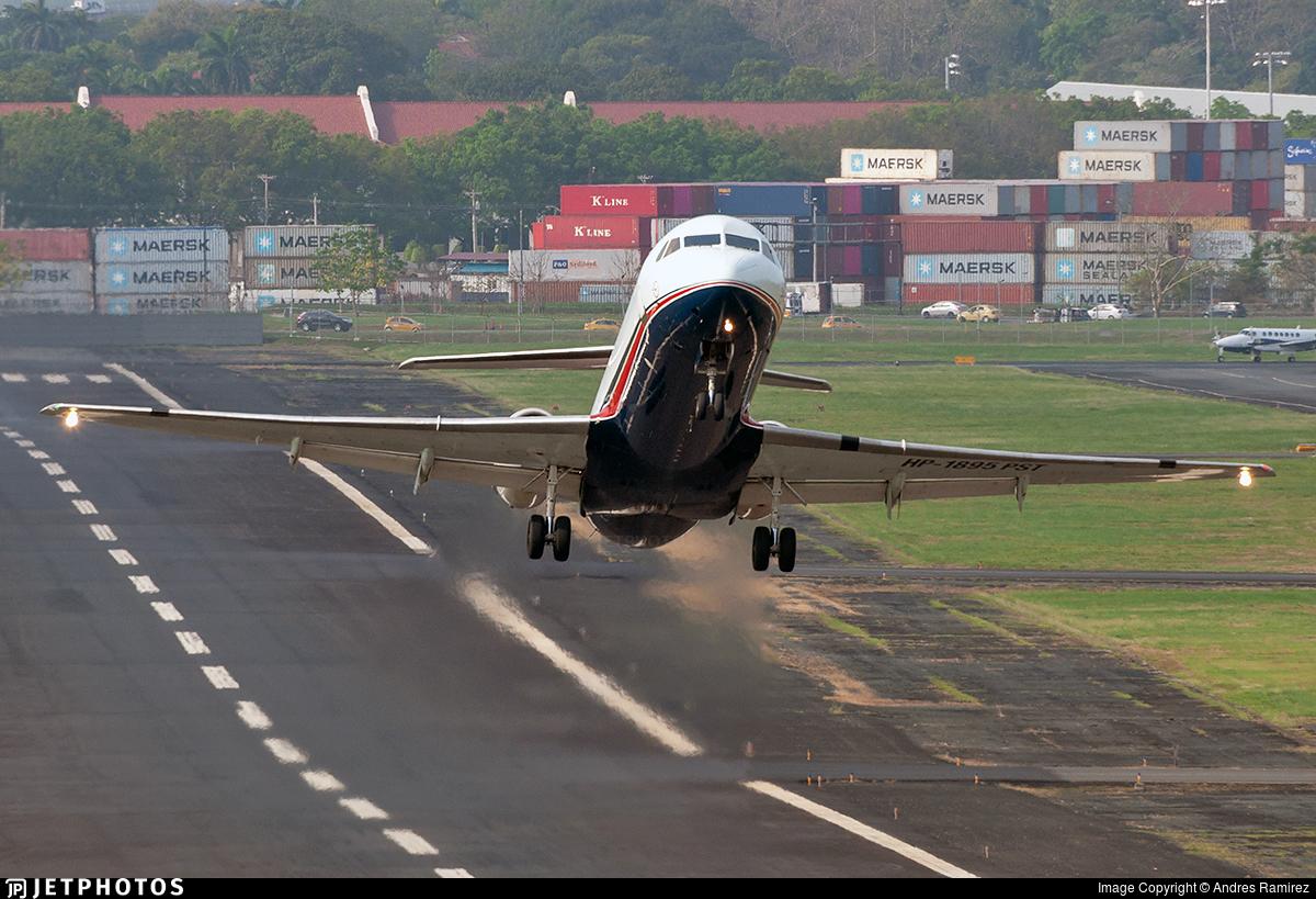 HP-1895PST - Fokker 100 - Air Panama
