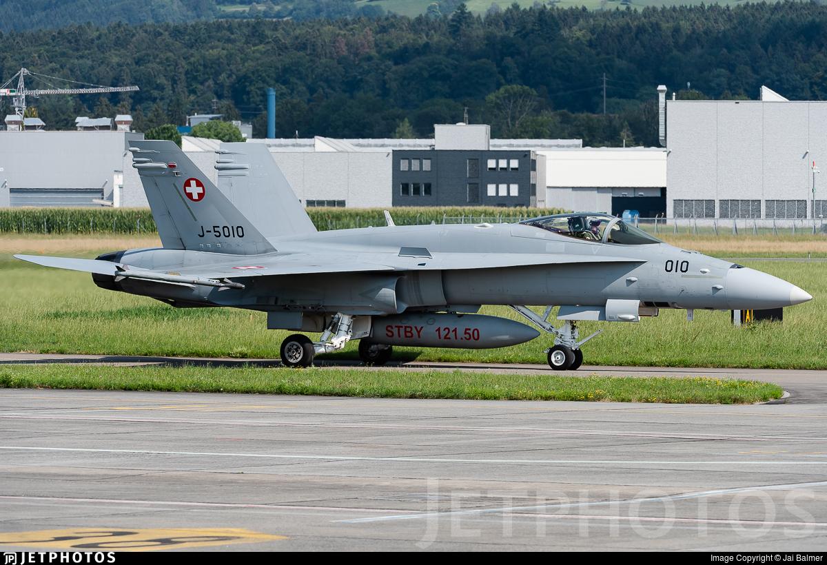 J-5010 - McDonnell Douglas F/A-18C Hornet - Switzerland - Air Force