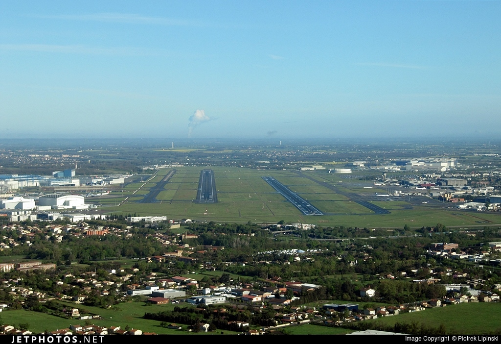 LFBO - Airport - Airport Overview