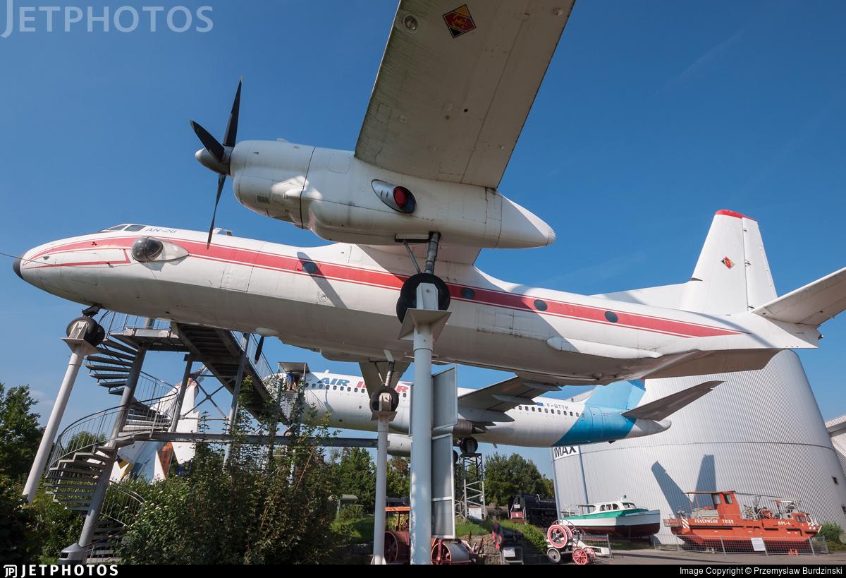 5204 - Antonov An-26 - German Democratic Republic - Air Force