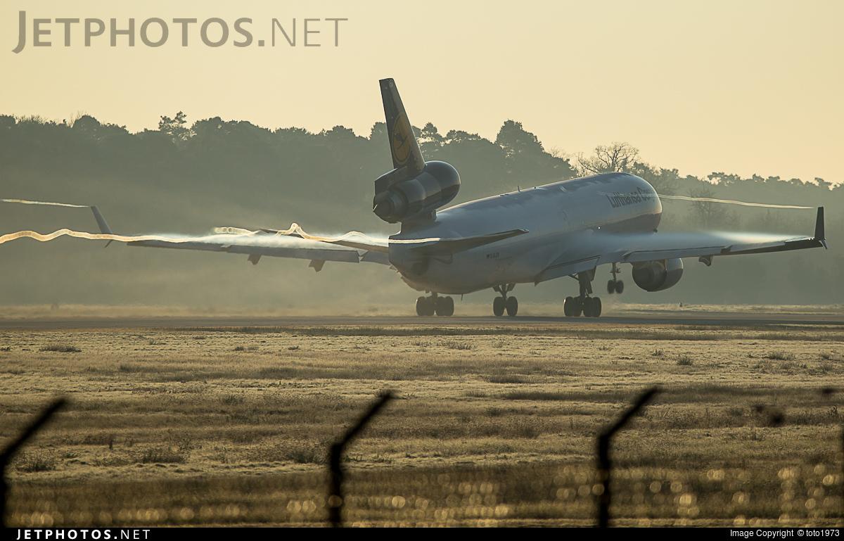D-ALCN - McDonnell Douglas MD-11(F) - Lufthansa Cargo
