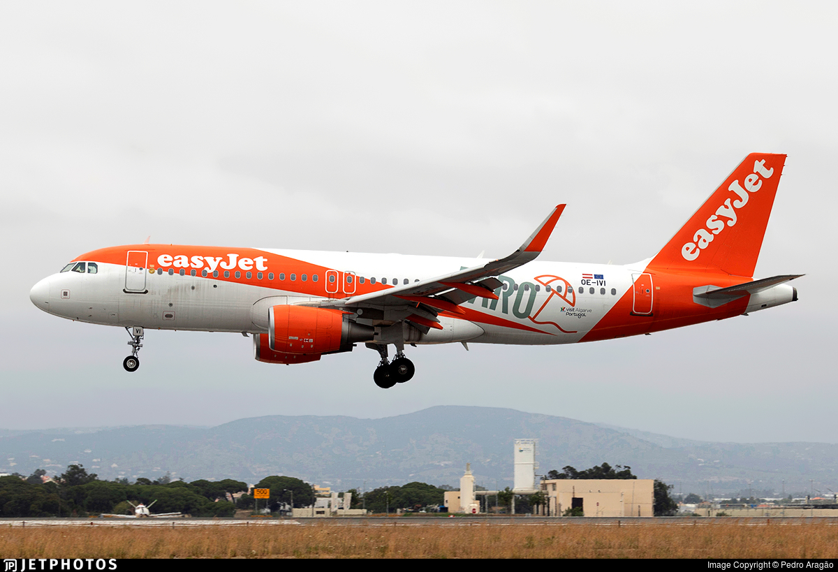 OE-IVI - Airbus A320-214 - easyJet Europe