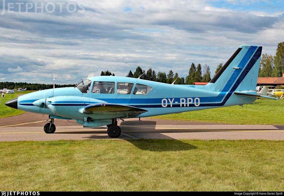 OY-RPO - Piper PA-23-250 Aztec E - Private