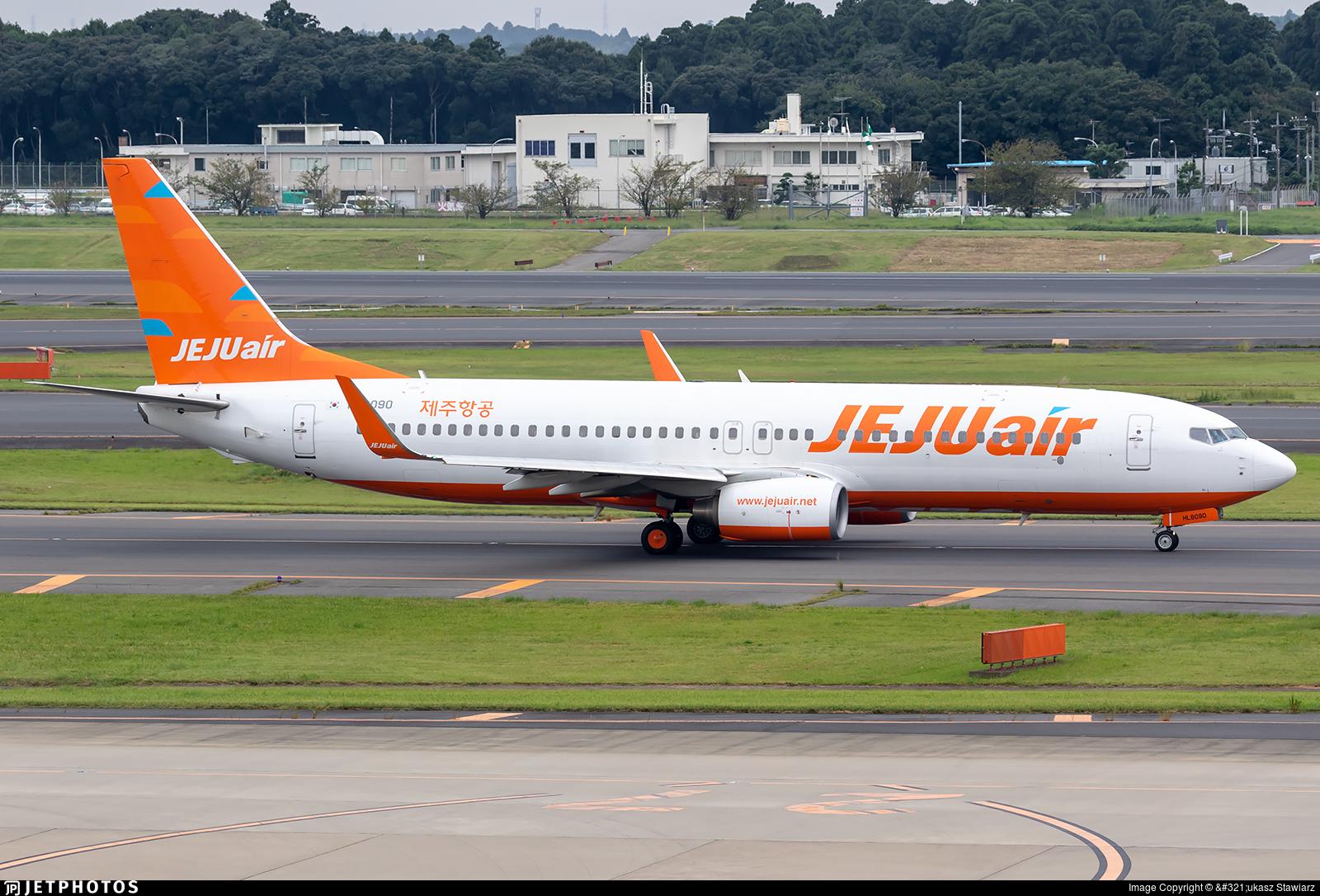 HL8090 - Boeing 737-8AS - Jeju Air
