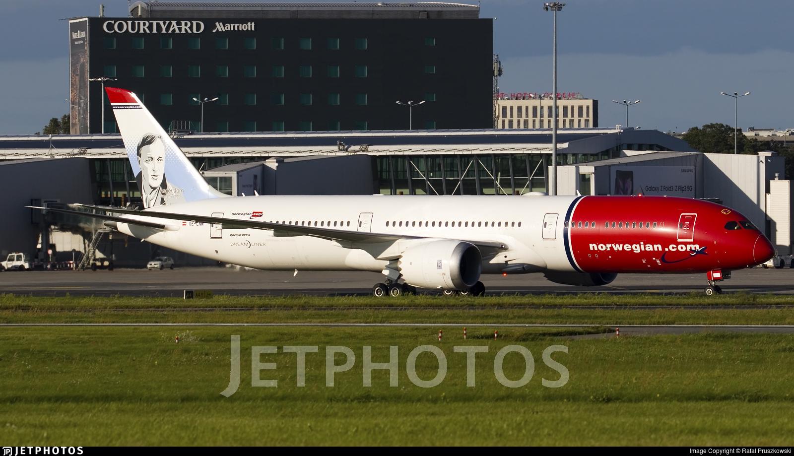 OE-LNM - Boeing 787-9 Dreamliner - Norwegian