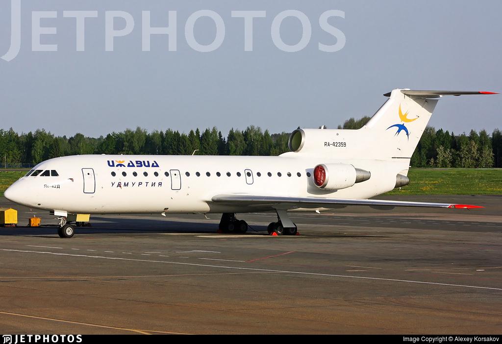RA-42359 - Yakovlev Yak-42D - Izhavia