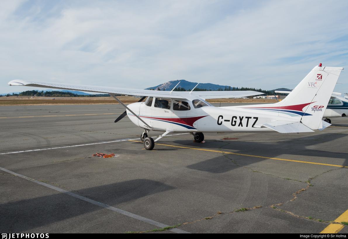 C-GXTZ - Cessna 172S Skyhawk - Private
