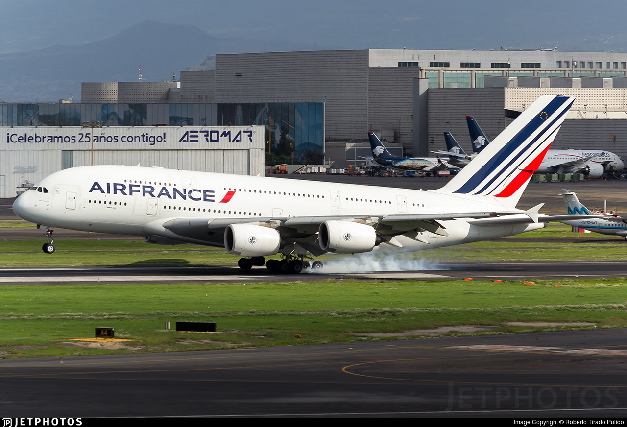 F hpje airbus a380 861 air france roberto tirado for A380 air france interieur