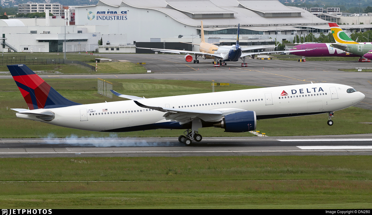 F-WWKF - Airbus A330-941 - Delta Air Lines