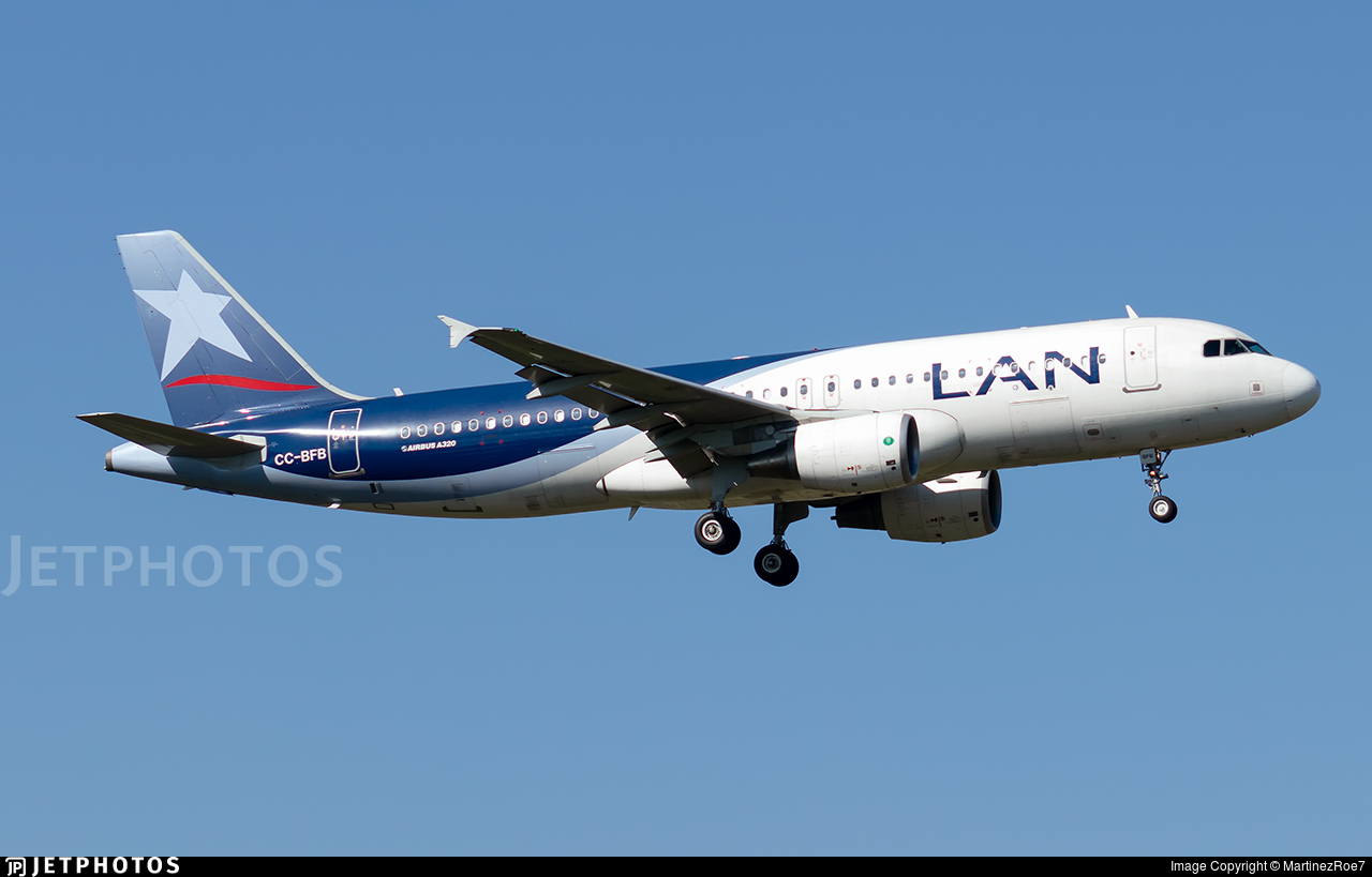 CC-BFB - Airbus A320-214 - LAN Airlines