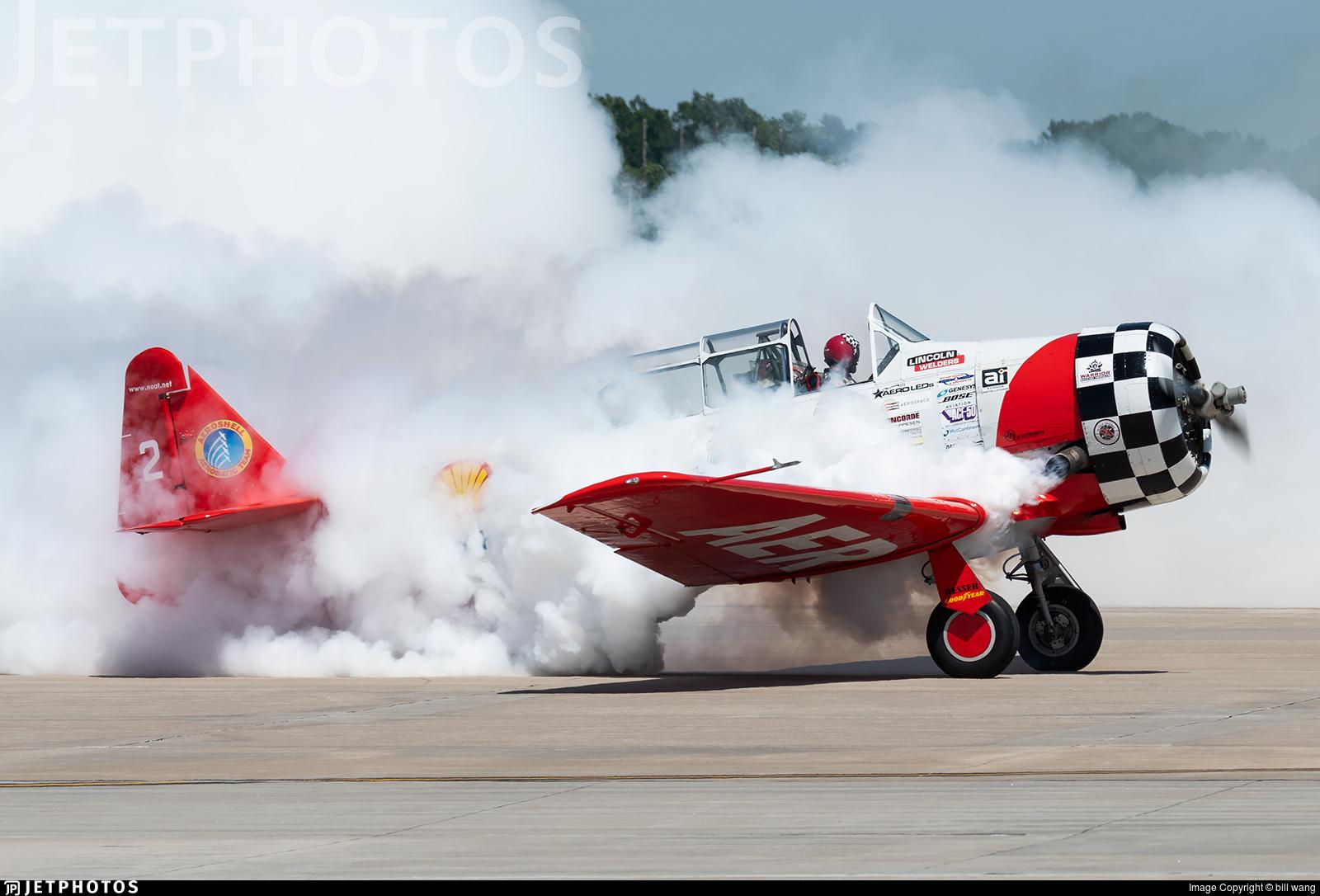 N3267G - North American SNJ-5 Texan - Aeroshell Aerobatic Team