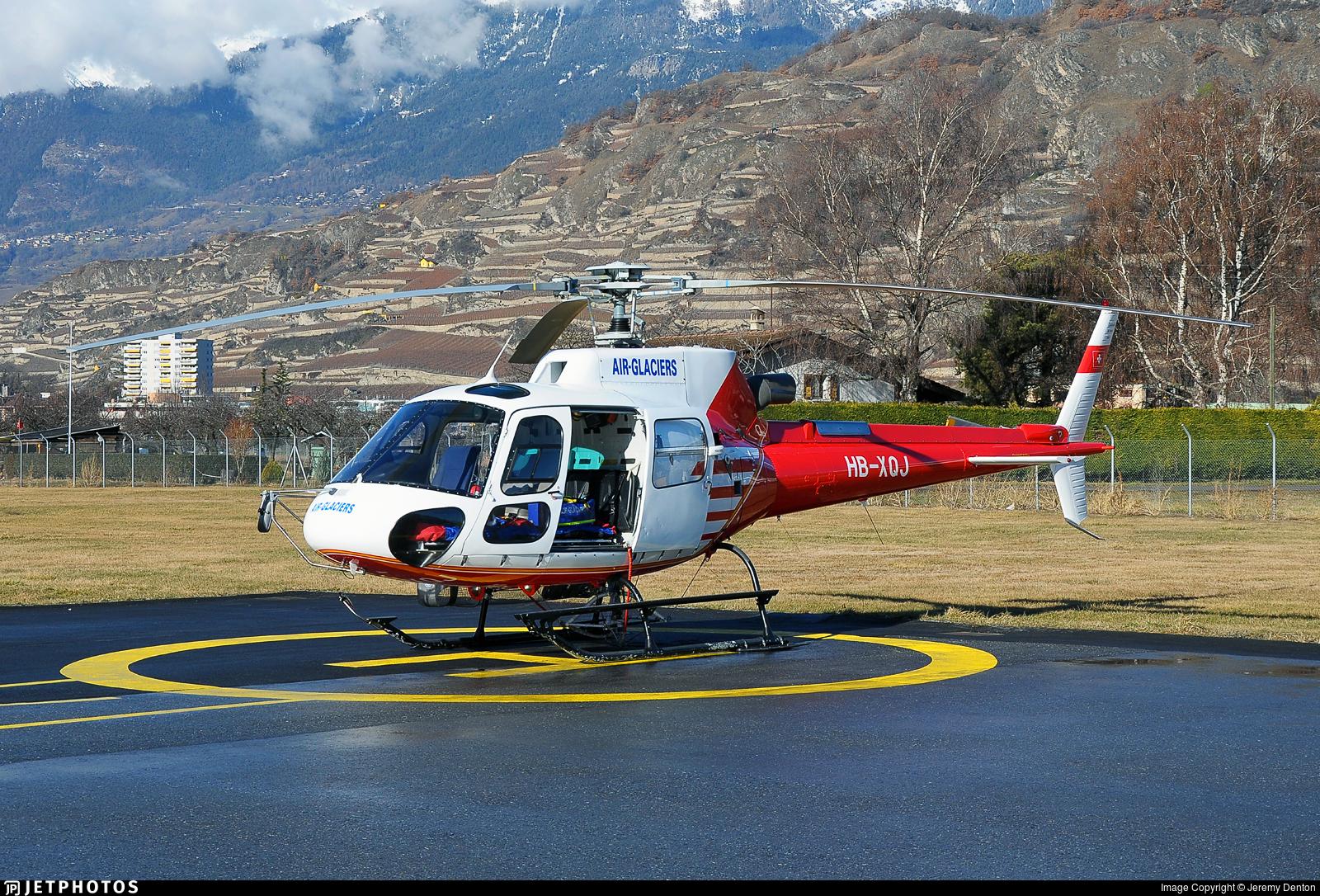 HB-XQJ - Eurocopter AS 350B3 Ecureuil - Air Glaciers (Heli-Linth)