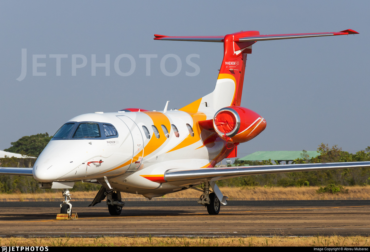 PT-PCH | Embraer 505 Phenom 300 | Private | Abreu Mubarac