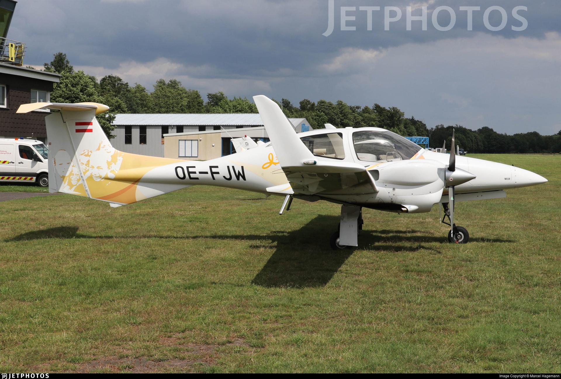 OE-FJW - Diamond DA-42 Twin Star - Private