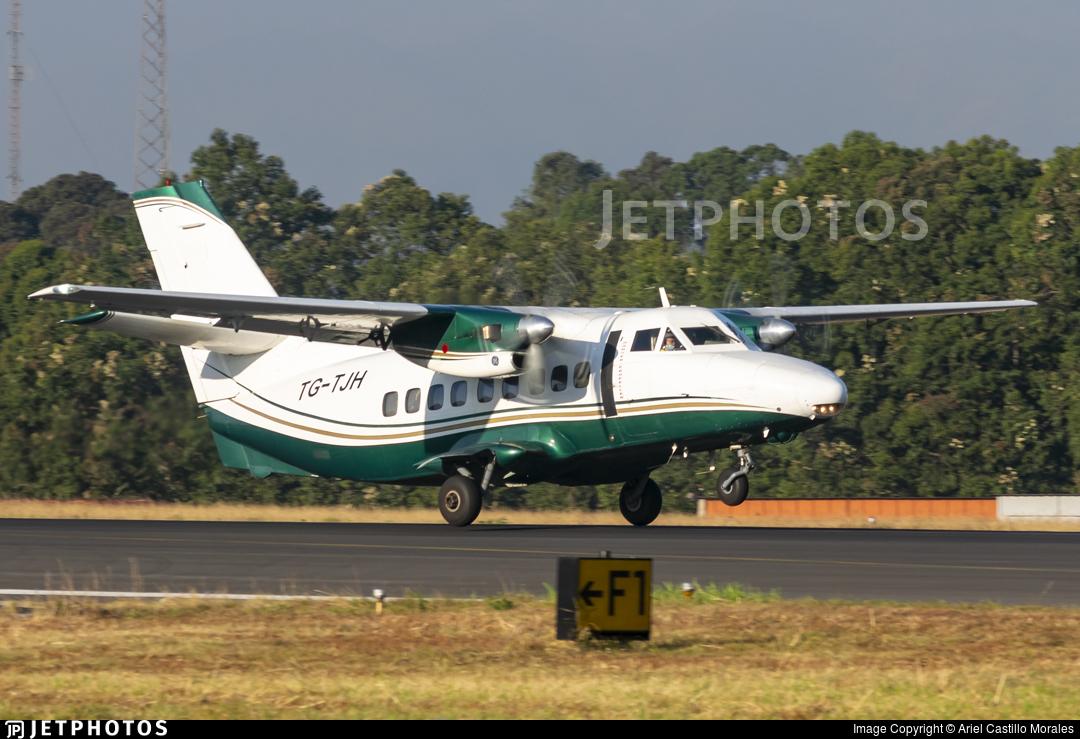 TG-TJH - Let L-410UVP-E Turbolet - Aero Ruta Maya