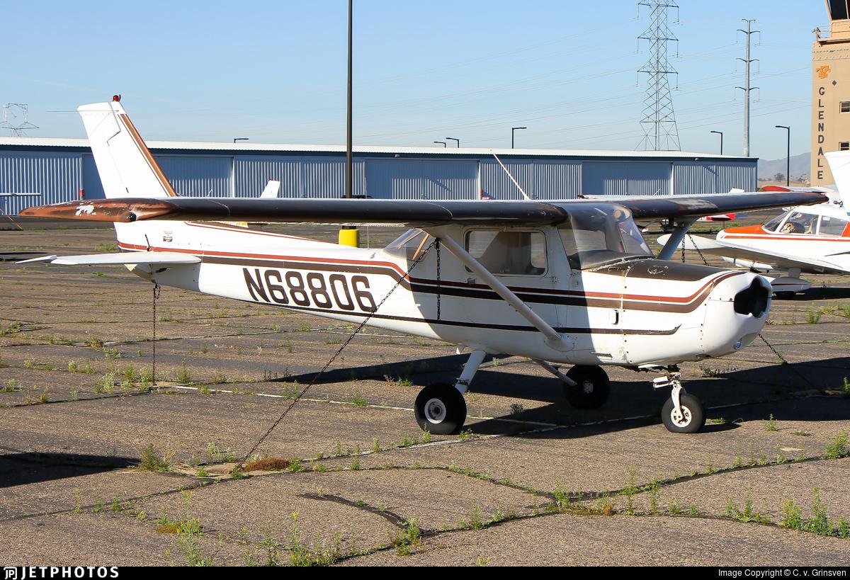 N68806 - Cessna 152 - Private